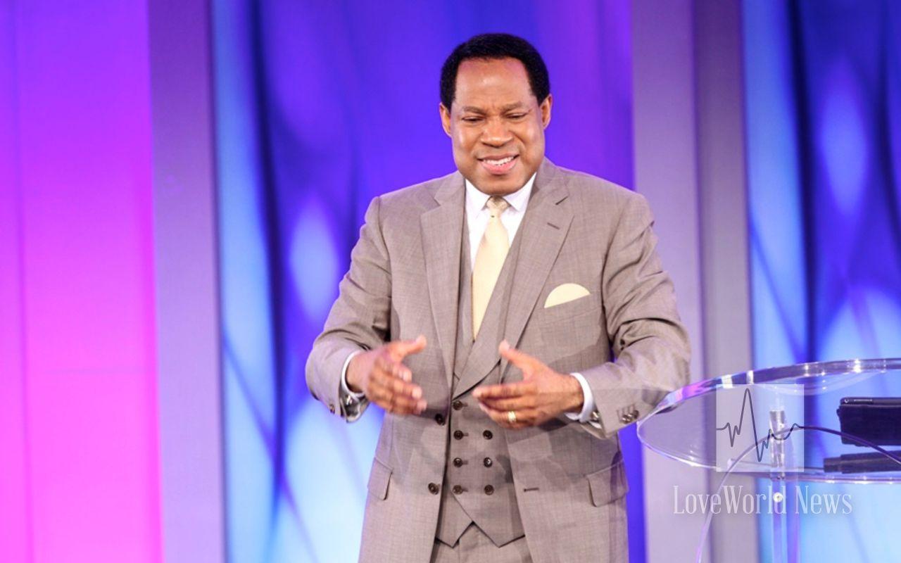 Pastor Chris Oyakilome - Devotional Rhapsody of Realities