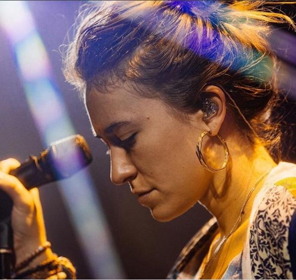 Lauren Daigle Won the American Music Award forFavorite Artist 2018