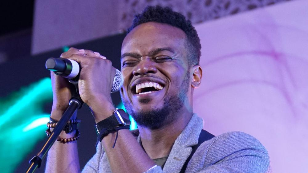 Travis Greene - Thank You For Being God