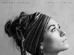 Lauren Daigle - Turn Your Eyes Upon Jesus