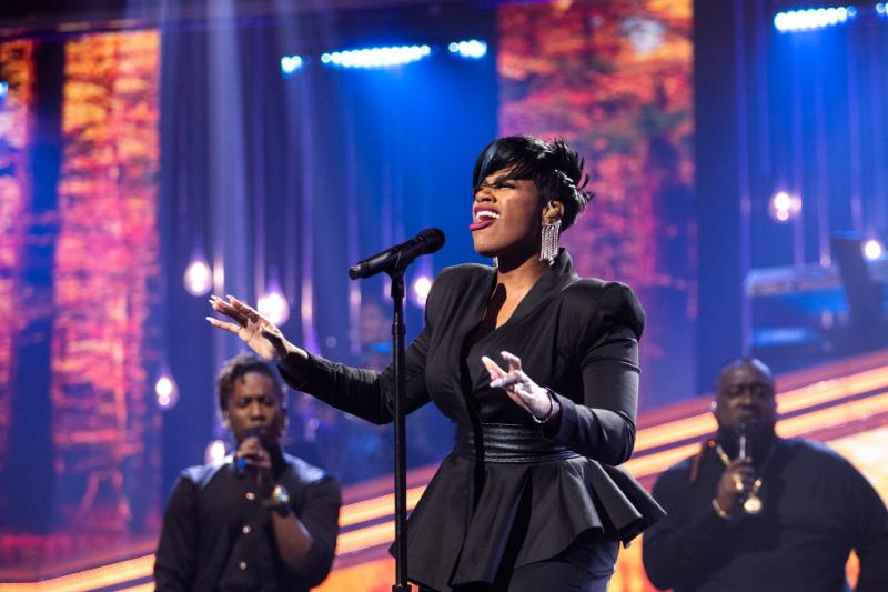 Fantasia Performs New Music