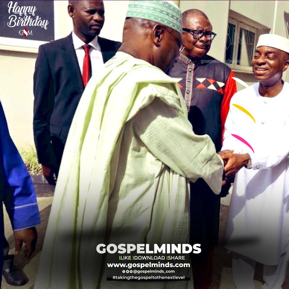 Atiku Abubakar Rejoices with Bishop David Oyedepo at 65th birthday