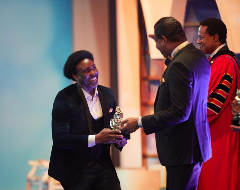 Samsong Best Video of the Year, 2019 - E dey work