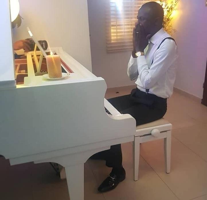 Elijah Oyelade - Holy Ghost