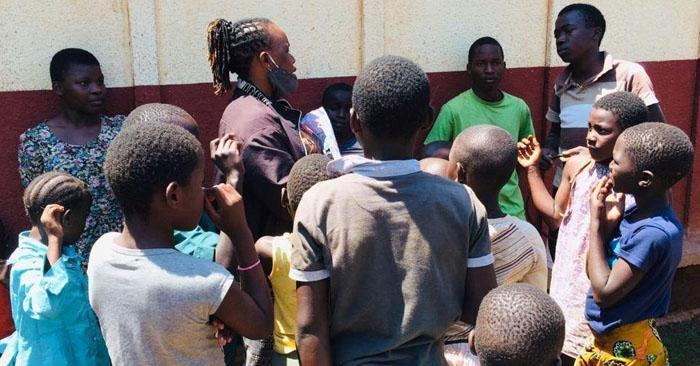 Almost 3,000 Ugandans Receive Jesus Christ