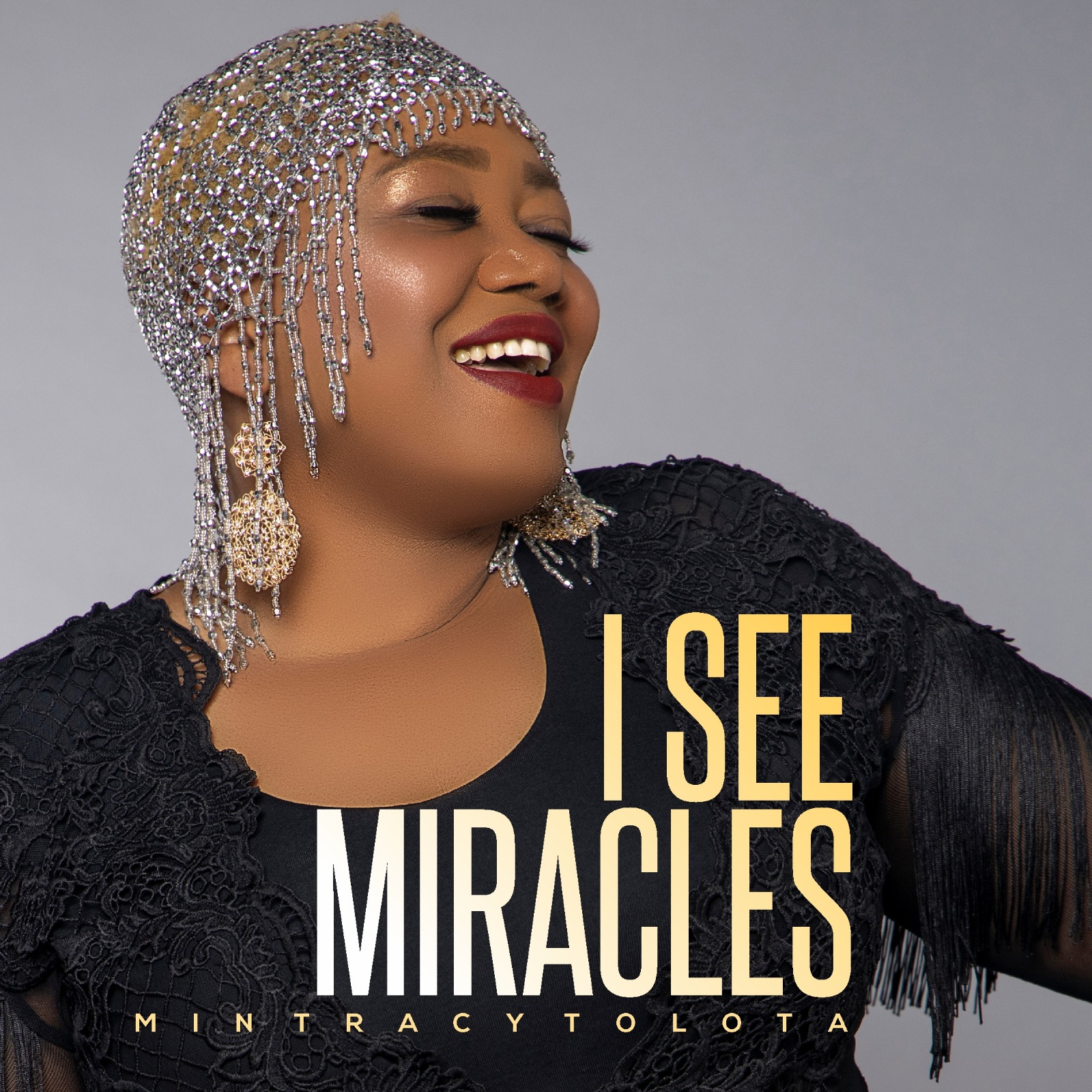 Min Tracy Tolota - I See Miracles