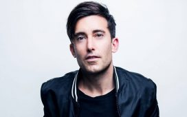 Phil Wickham - Goodness of God - Songs From Home