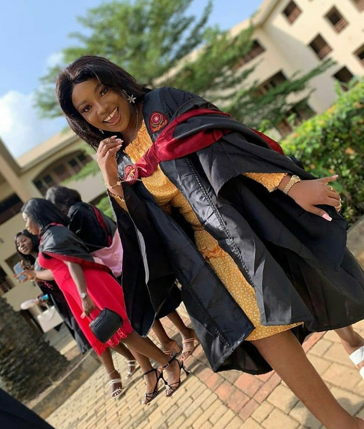 Tope Alabi celebrates first daughtergraduation at Bowen University