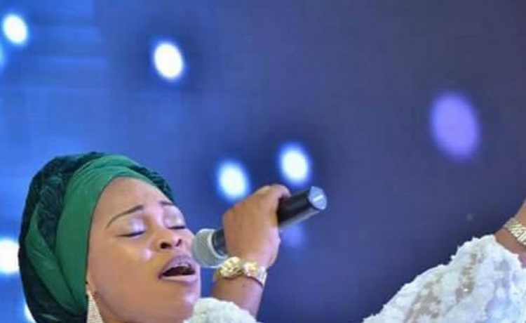 Tope Alabi Powerful Ministration at Festival of Praise Manchester 2021