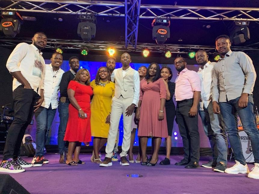 Dunsin Oyekan Worship at 79 Hours Marathon Praise