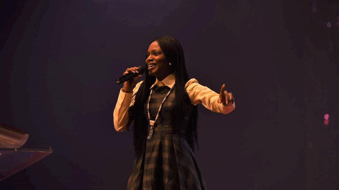 Nigerian Praise Medley led by Tolu Odukoya-Ijogun