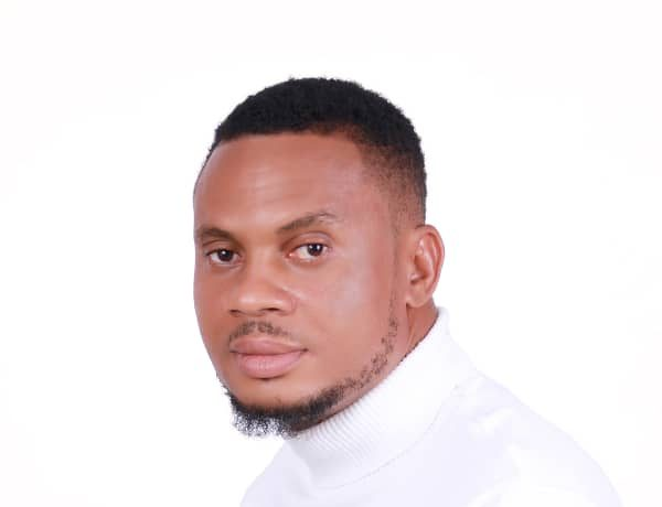 StMichael Egbe - Worthy Of My Praise