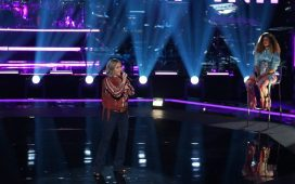 """Katie Rae performs Lauren Daigle's """"Hold On to Me"""" on The Voice"""